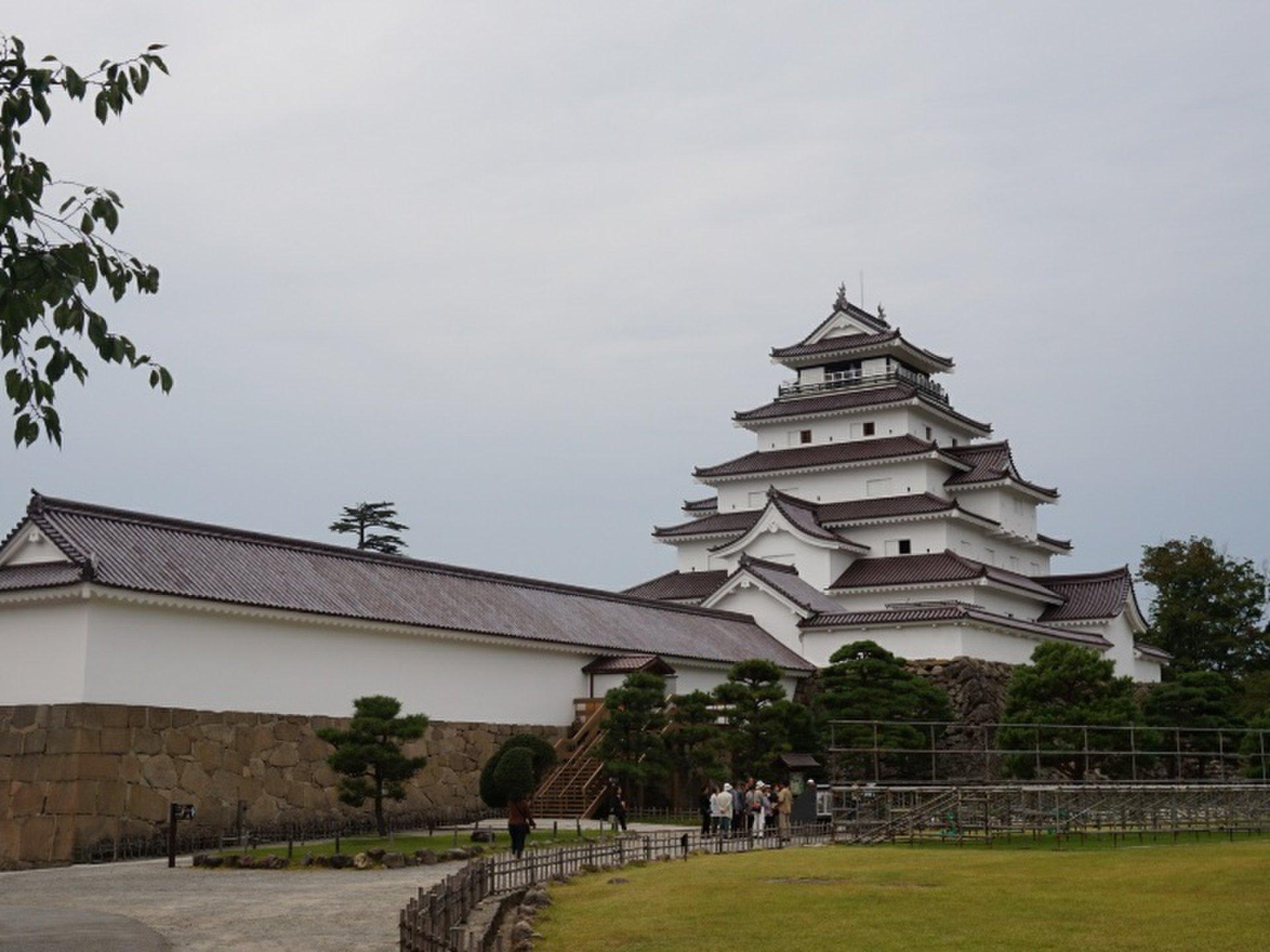 八重の桜でおなじみ!鶴ヶ城をじっくり楽しむプラン♪実は天守閣は、デートにもおすすめ♡会津郷土料理も!