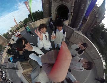 【360°カメラ!RICOHのTHETA(シータ)を持って出かけよう!】ディズニーで新しい集合写真!