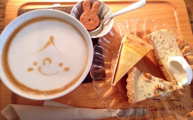 カフェ ロッタ (Cafe Lotta)