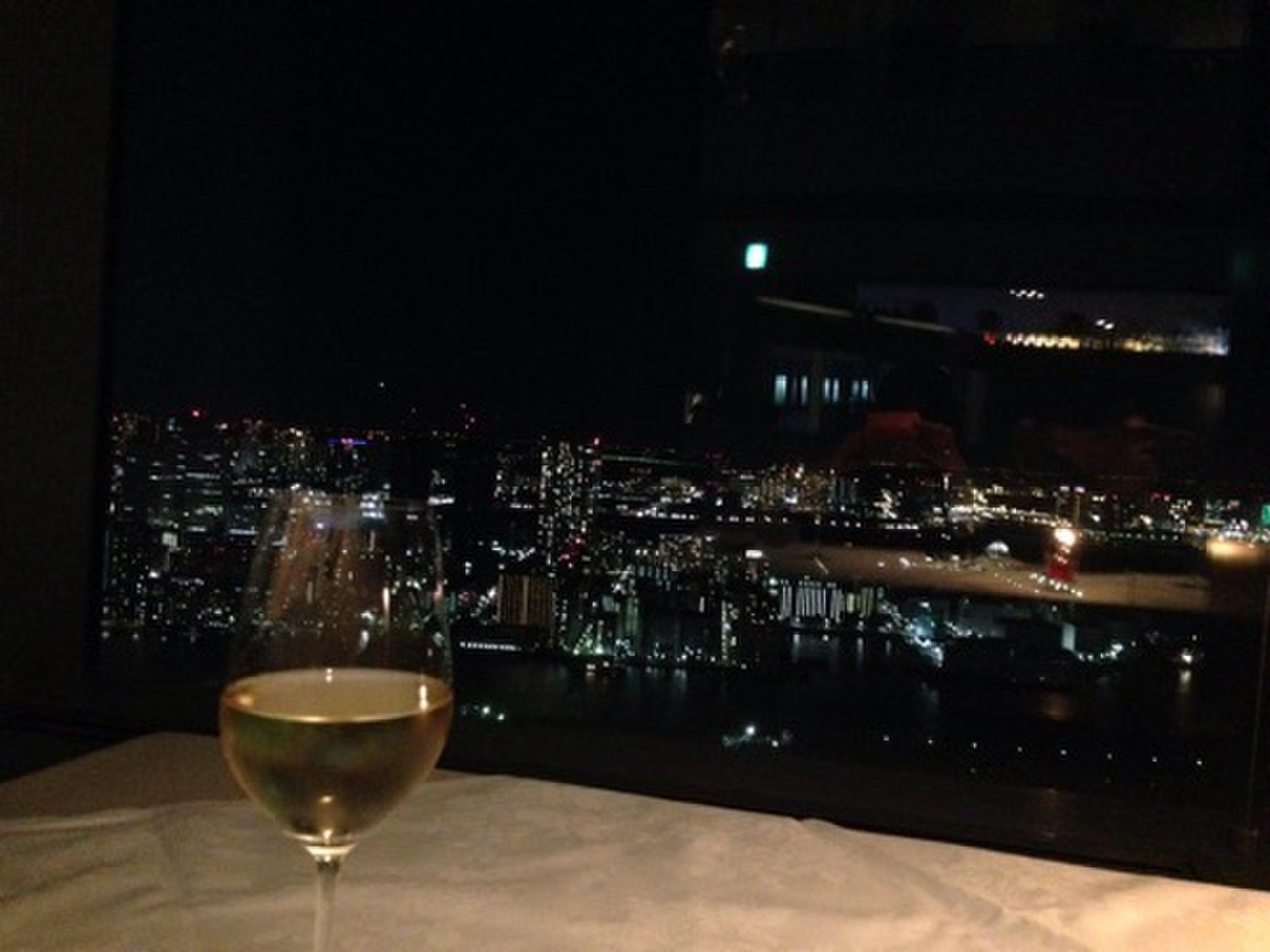 都内一夜景が美しいフレンチレストラン!カレッタ汐留のソラシオで絶景夜景デート♥