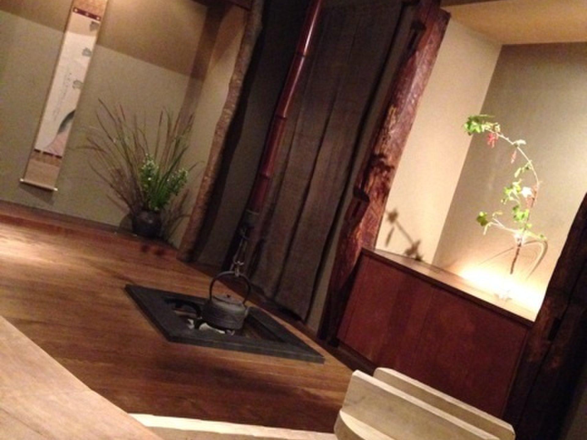 会食におすすめ!絶品すっぽん鍋が食べられる赤坂の懐石料理屋「花楽」