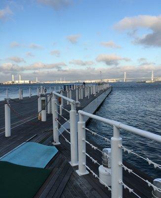 アニバーサリー クルーズ みなとみらいぷかり桟橋
