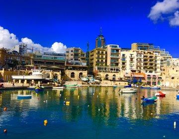 【フォトジェニックな国】マルタの繁華街セントジュリアン周辺をフォトジェニックウォーク