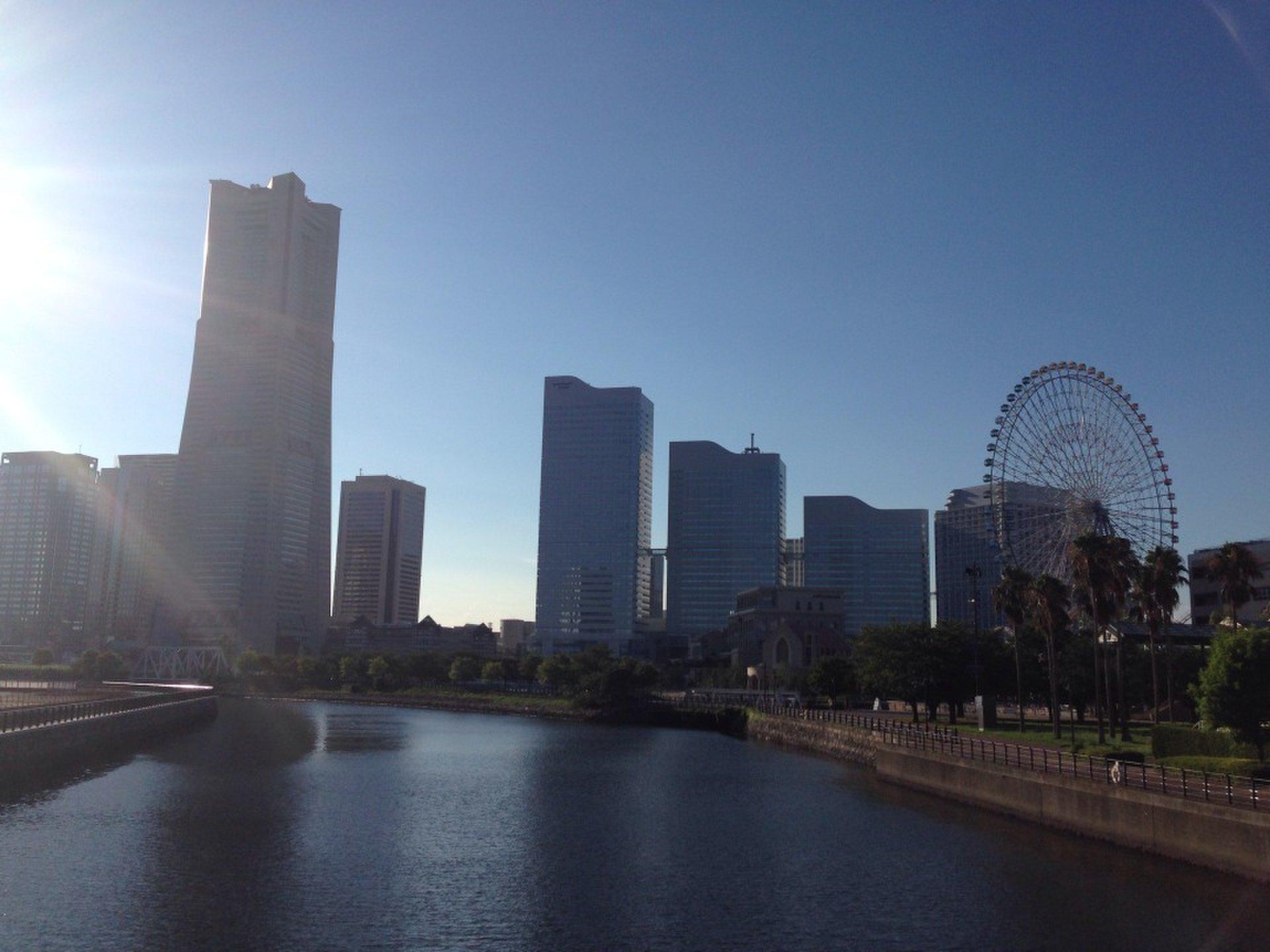【横浜みなとみらいデート】異国雰囲気漂う散歩道で散歩デート!