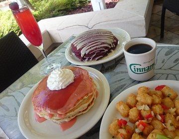 ハワイで今人気の海の見える安めパンケーキ店! シナモンズイリカイで朝食・ブランチを