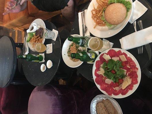 Cafe bali in Seminyak(カフェ バリ)