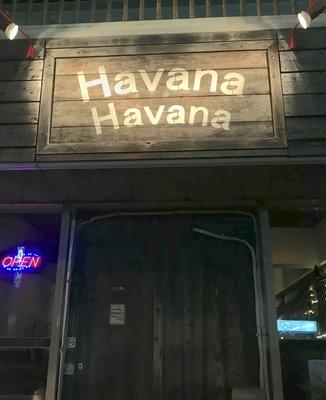 Bar Havana Havana Yomitan(ハバナ ハバナ)