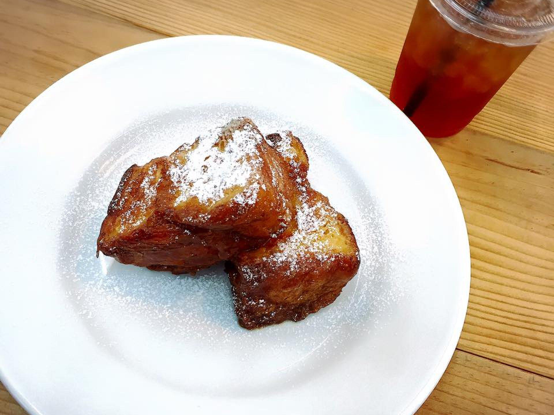 【神楽坂駅前】「la kagu」(ラ カグ)で読書をしながら、おしゃれなカフェタイムを♪