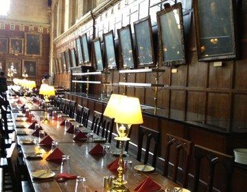 そうだ、魔法の世界へ行こう☆ハリーポッターのロケ地になったイギリス・オックスフォード大学!
