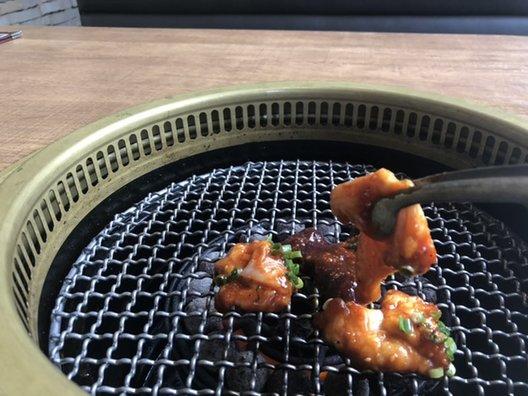 炭火焼肉 新羅 新浦安本店