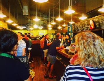 【シアトルで絶対行きたい観光地】スタバ1号店はここ!観光客必見パイクプレイスマーケットの魅力とは?