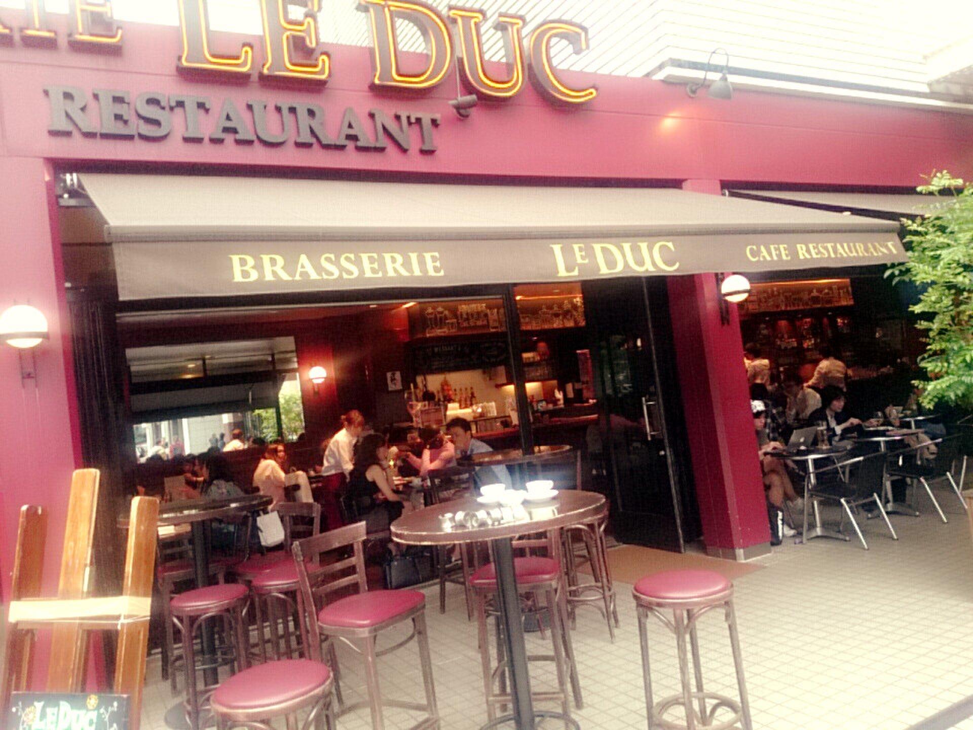 六本木駅近【おすすめ】パリみたい!海外風テラス席カフェレストラン le duc