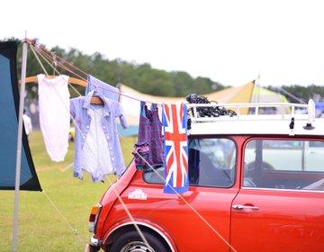 年に一度MINI好きの集うキャンプ場。入ってみたらこんな感じでした。ミニ車好きにはたまらない!