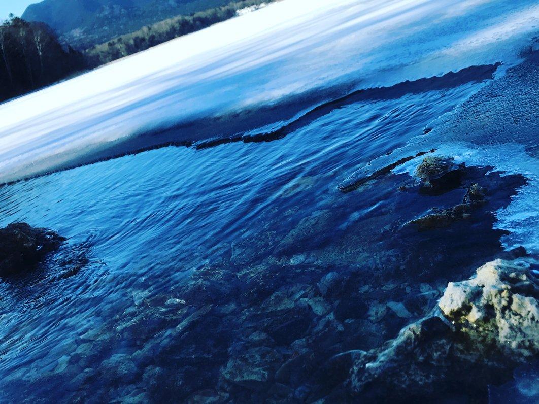 湖のこみち