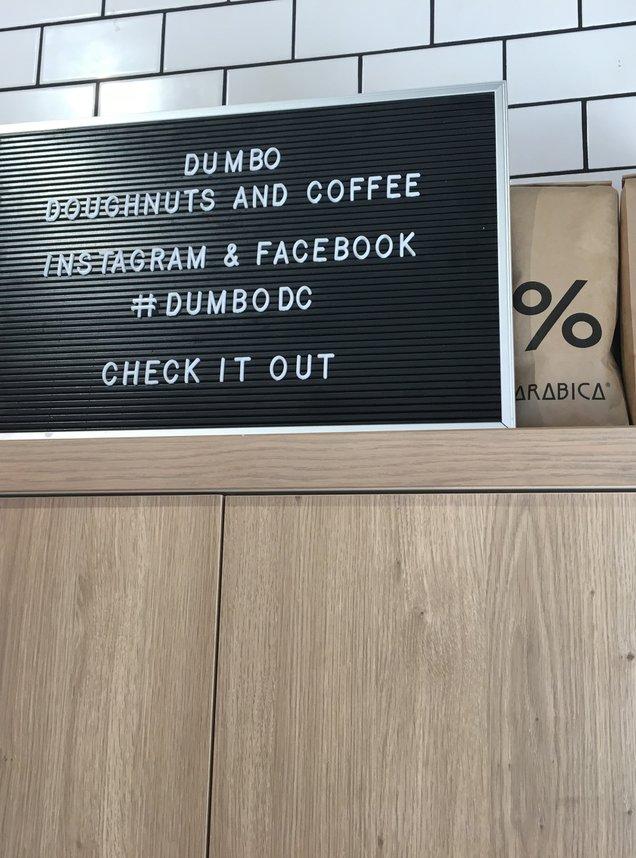 ダンボ ドーナツ アンド コーヒー(DUMBO Doughnuts and Coffee)