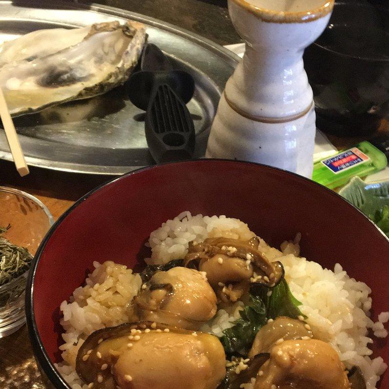 牡蠣小屋 侍 中央市場店