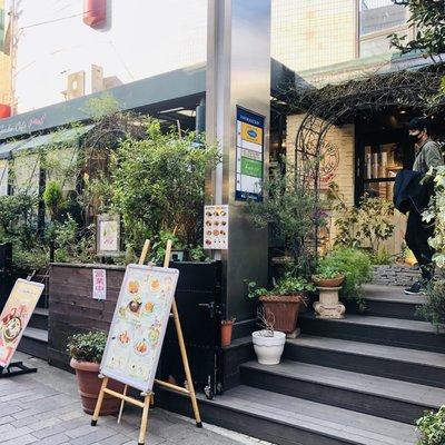 ピーターラビット ガーデンカフェ 自由が丘本店