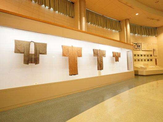 西予市野村シルク博物館