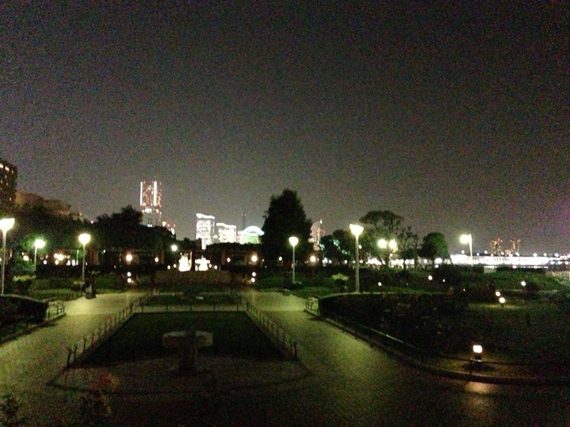 【横浜みなとみらい観光スポットを散歩】観光名所が廻れる夜景おすすめコース