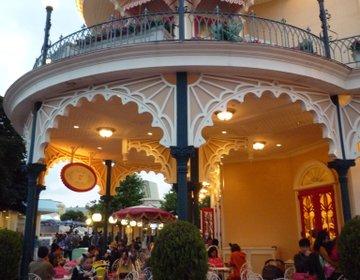 出入り口から近くて便利♪【ワールドバザール内のオススメグルメスポット】1日中満足のカフェレストラン!