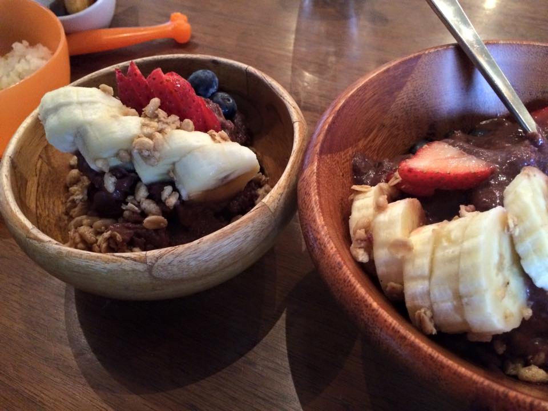 ボンダイカフェ【広尾のおすすめカフェ&レストラン】で南国料理を堪能。アサイーボウルあるよ。