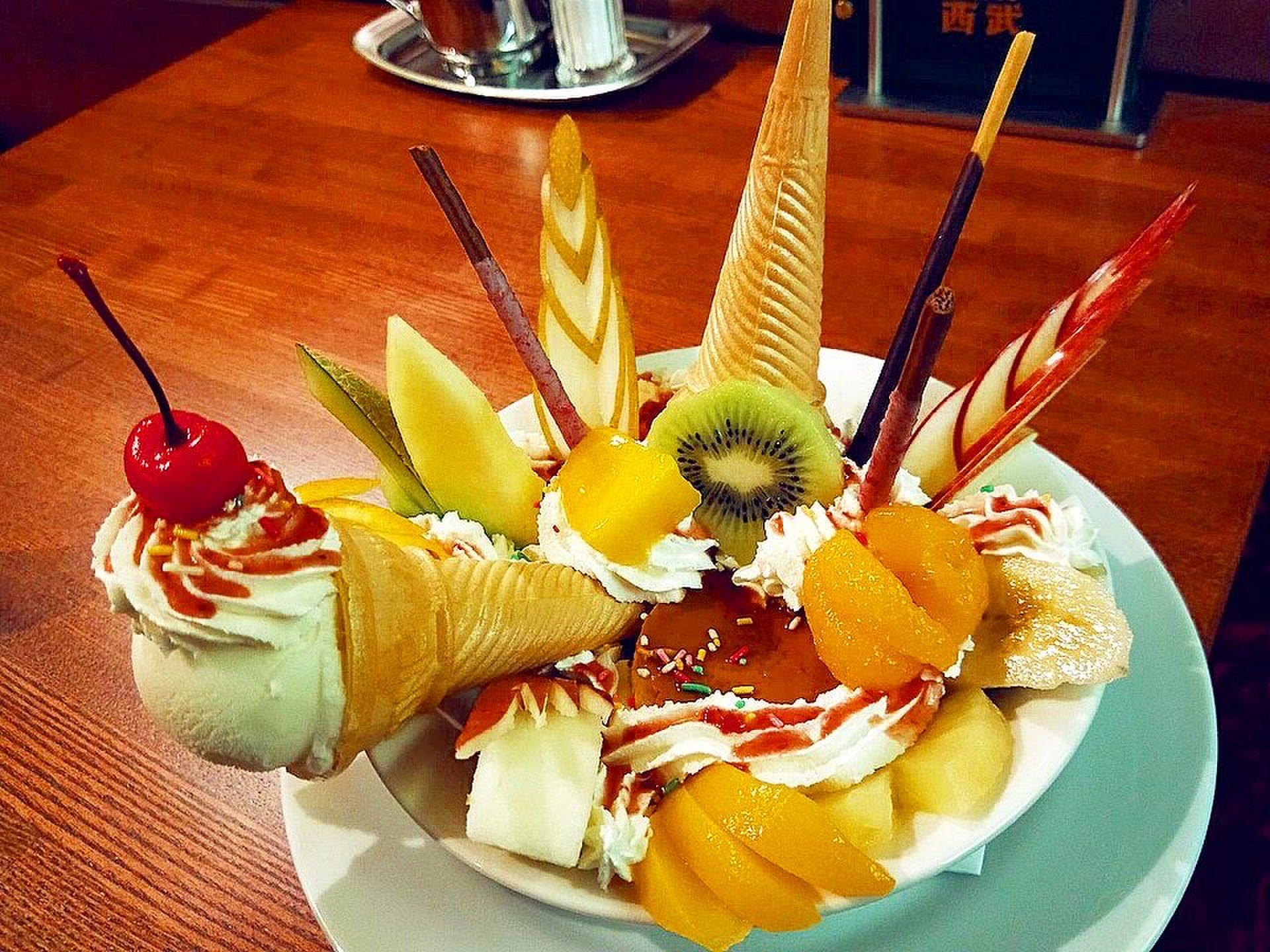 プリンアラモード好きなら1度は食べたい?!新宿で土日でも空いてる純喫茶「珈琲西武」を堪能♡