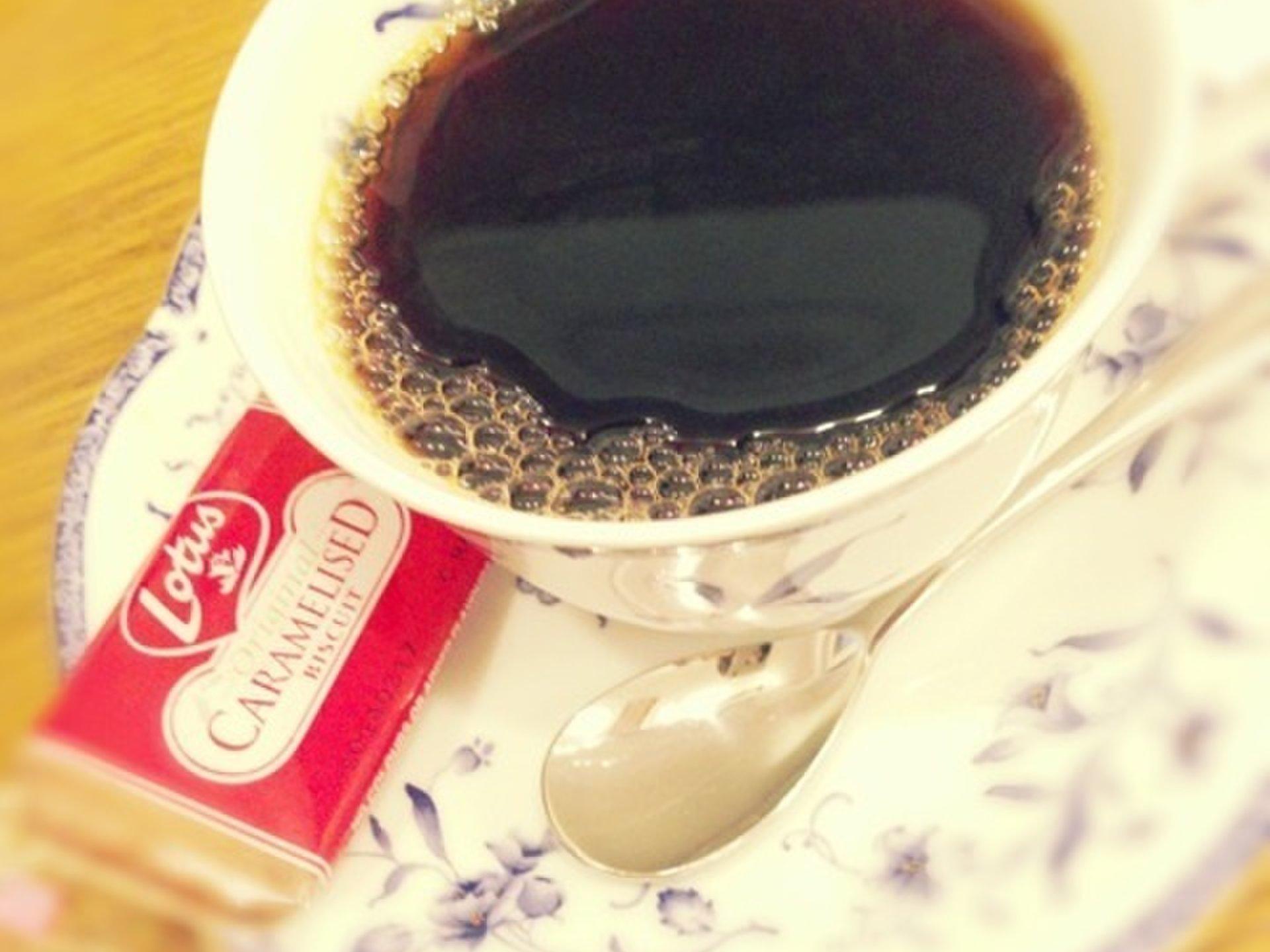 高田馬場、コーヒー料金だけで、預言が聞けるカフェ「予言カフェ」から「俺のハンバーグ山本」へ