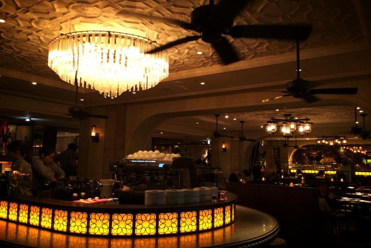シクスバイオリエンタルホテル