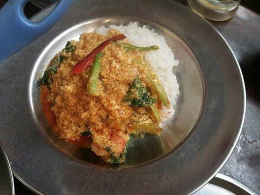 タイ料理 あろいなたべた