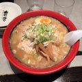 函館麺厨房 あじさい 紅店