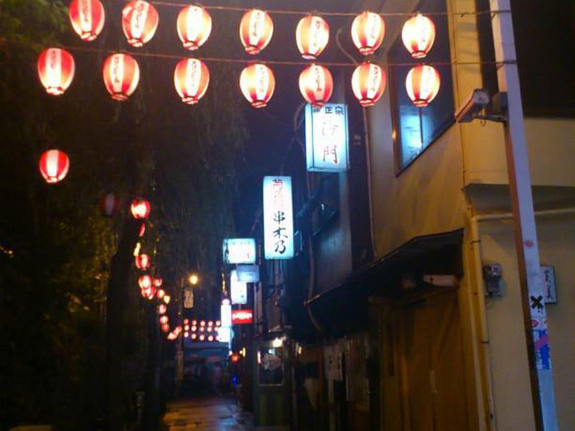 渋谷で飲み会!ディナーにもおすすめピザに締めのラーメン!飲み歩き大学生におすすめプラン