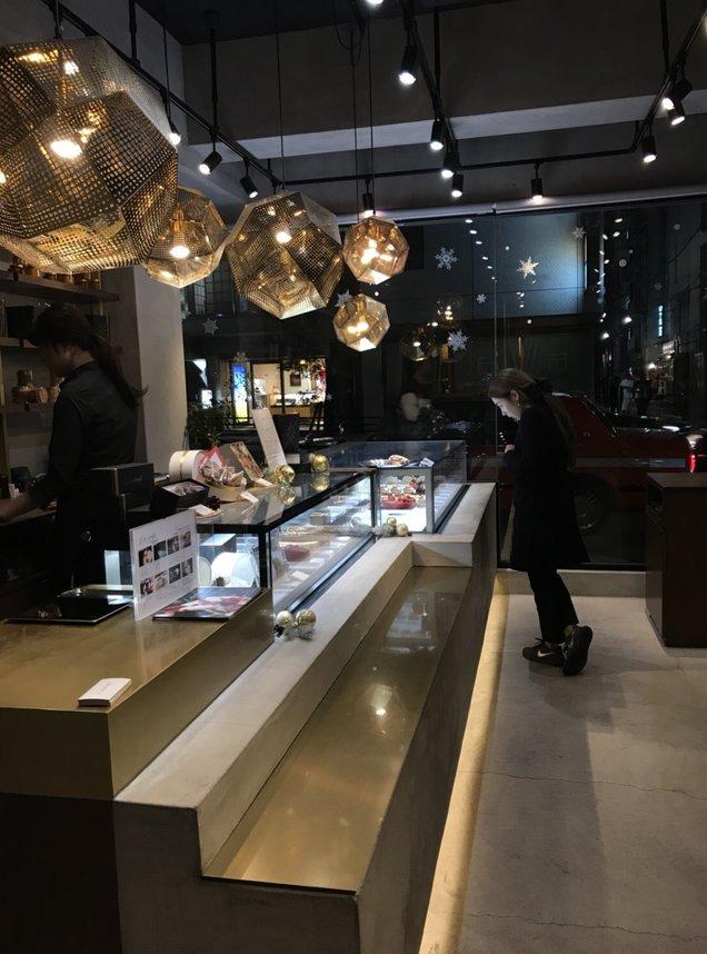 リベルターベル赤坂店
