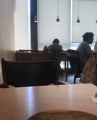 パン屋むつか堂カフェ アミュプラザ博多店