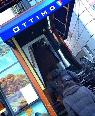 オッティモ・シーフード・ガーデン 新宿店