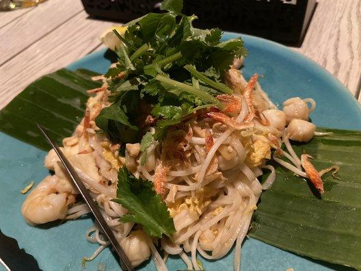 Madam My modern thai vietnamese