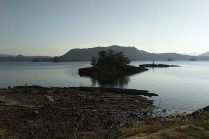 イロハ島・花と冒険の島