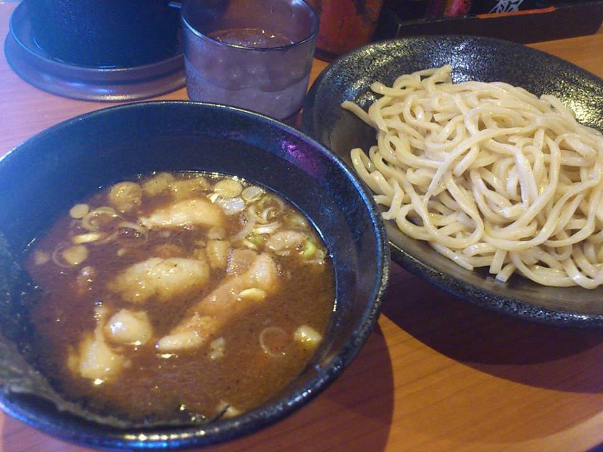 【下北沢で食べ歩き】ボリューム満点激ウマ店、ノンストップで4軒はしごの食ツアー