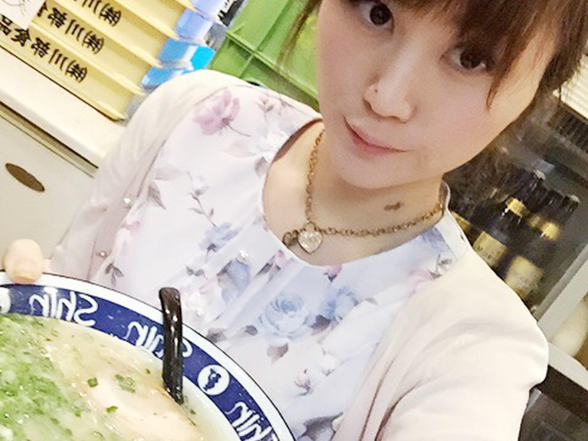 【博多ラーメンShin Shin天神】1500円以下の博多ラーメンともつチャンポンで博多を満喫!
