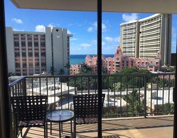 ハワイのコスパ◎ホテル★ホリデーイン・ワイキキビーチコマーは立地重視派におススメ