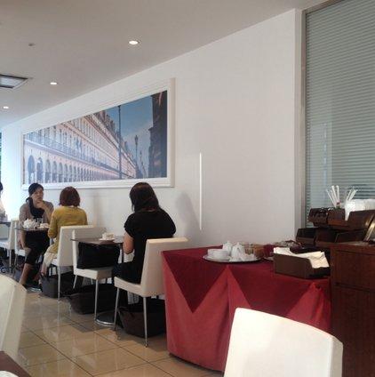 サロン・ド・テ・アンジェリーナ マロニエゲート銀座店 (Salon de The ANGELINA)