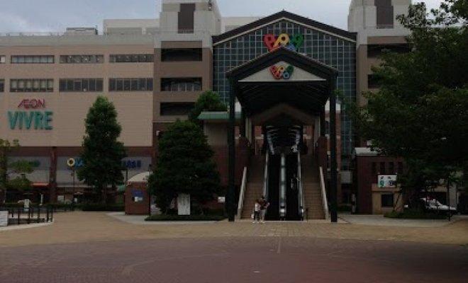 H・M・V 横浜ワールドポーターズ