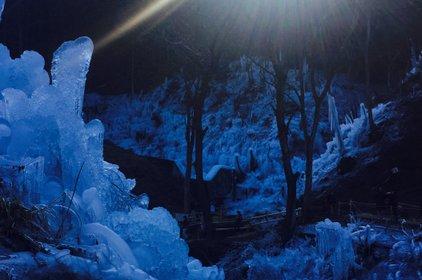 三十槌の氷柱