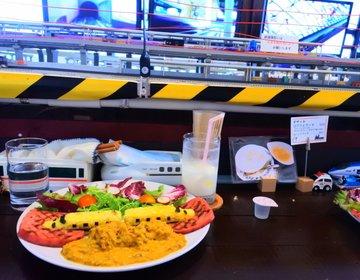 【関西でここだけ!】店主が鉄道好きすぎて目の前で鉄道が走る【鐵道カフェ】作っちゃいました!