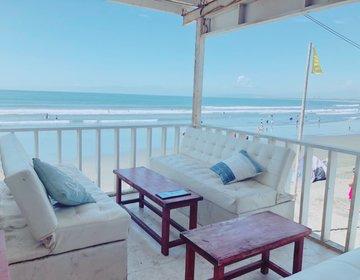 夏の滑り込み手ぶらBBQは屋根付白ソファーで快適南国気分。メイク落ちない!汗かかない!