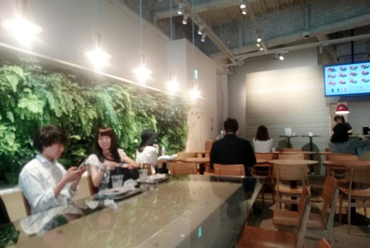 the 3rd Burger 青山骨董通り店