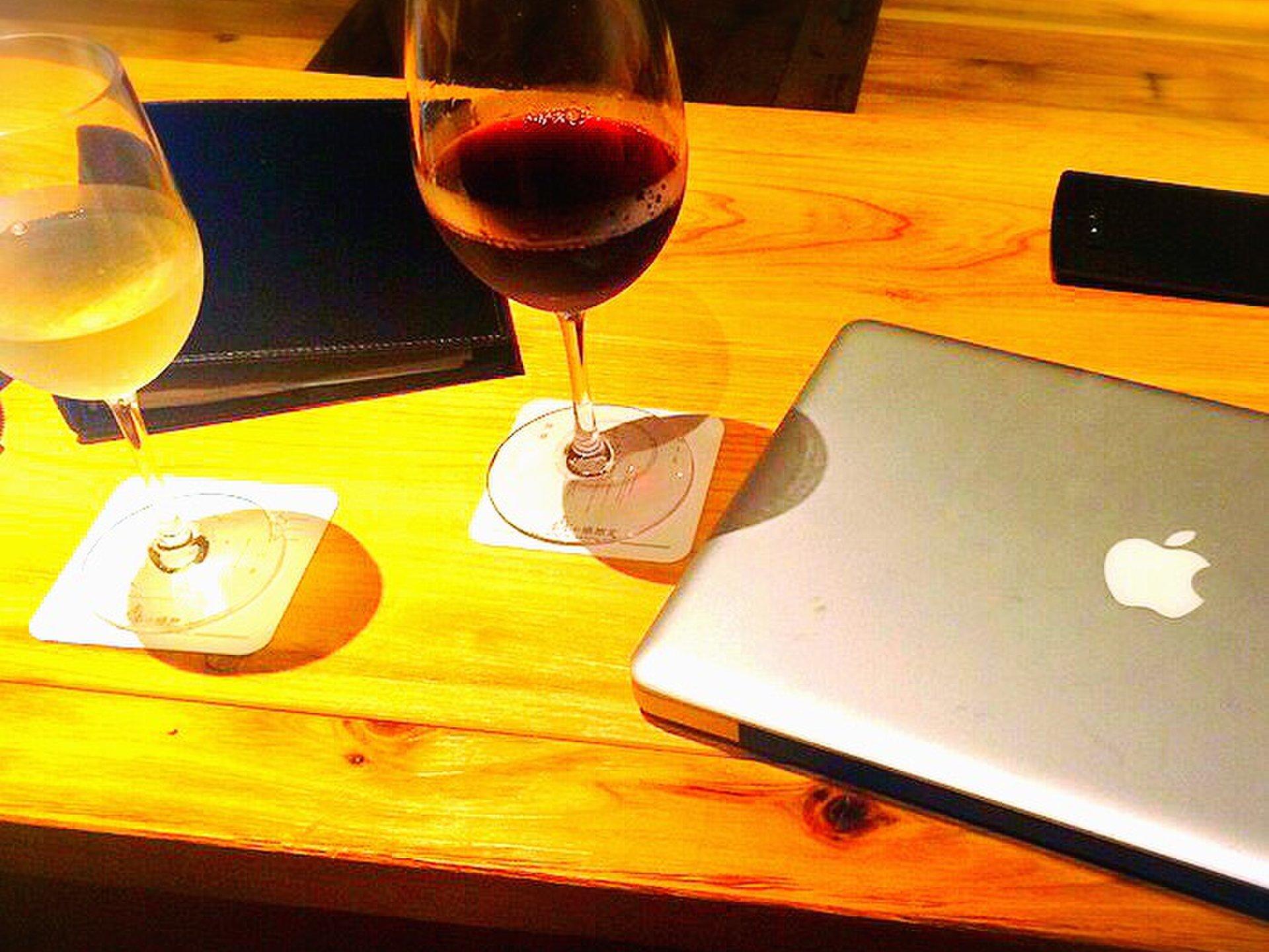 新宿のおすすめ夜カフェ5選♪デートや仕事終わりに使えるおしゃれカフェ特集