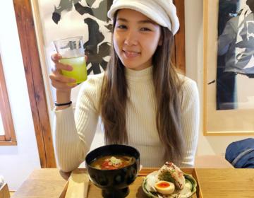 『お味噌汁専門店⁈』浅草で書道家武田双雲の作品を観ながらオーガニックおみそ汁ランチ