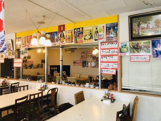 かね食堂 与那城店