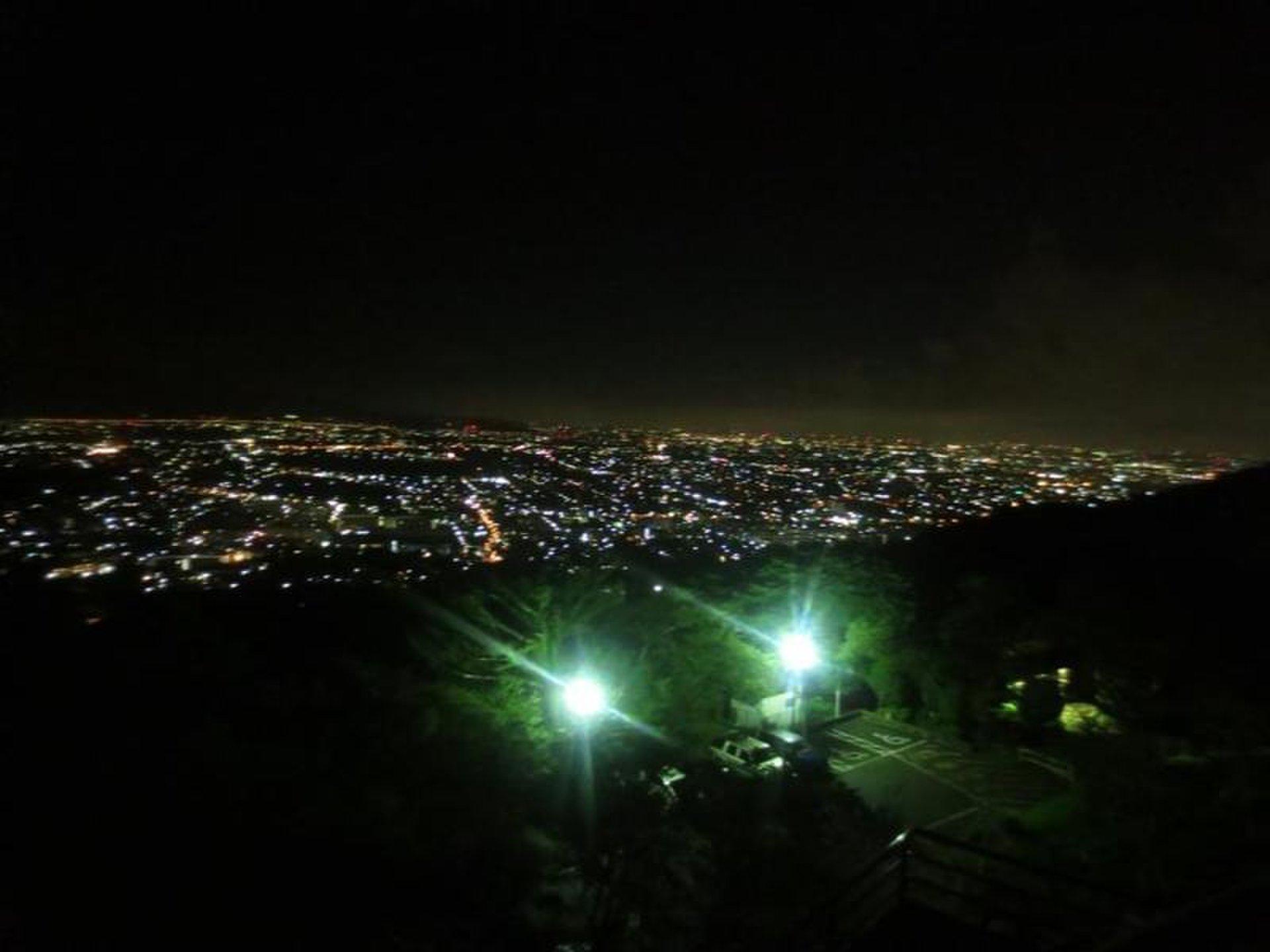 神奈川ドライブデートにおすすめスポット3選!夜景を見ながら日帰りドライブコース!