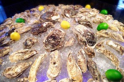 牡蠣屋バル